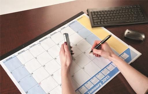 Desk calendar – day to day needs
