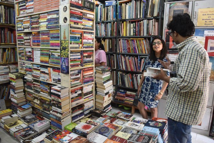 Reading books helps to enhance creativity